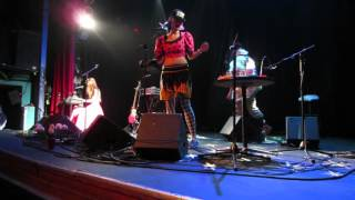 "CocoRosie - ""Un Beso"" in Denver, CO (March 25, 2016)"