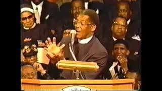 Bishop J A Blake Preaching at  Cogic Holy Convocation 2002