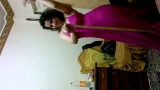 Repeat youtube video رقص جامد لمنال الممرضه