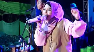 Download Lagu SHOLAWAT NAHDLIYAH - WAFIQ AZIZAH - EMIRATES MUSIC RELIGI mp3