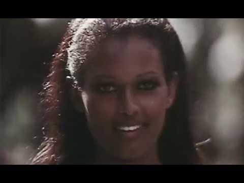 #Эротика #18+  Девушка с лунной кожей 1974