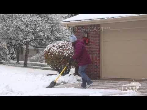 11-30-15 Omaha, Nebraska Winter Storm - Heavy Snowfall