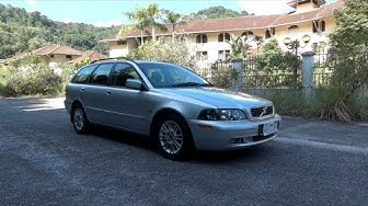 2003 Volvo V40 2.0T Start-Up, Full Vehicle Tour, and Quick Drive