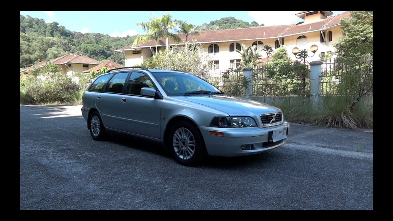2003 Volvo V40 20T StartUp, Full Vehicle Tour, and Quick