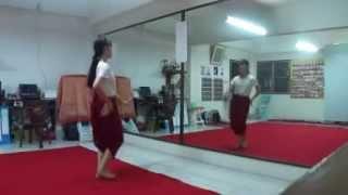 รำสี่ภาค-เซิ้งกระติบ (ภาคอีสาน) - บ้านรำไทย ดอนเมือง