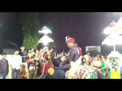 Ghodi people hoke sawar chala...(1)