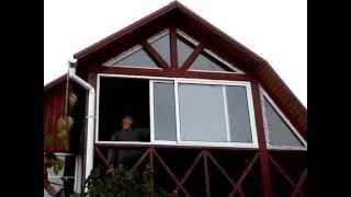 Раздвижной алюминиевый балкон(Раздвижной алюминиевый балкон из двух частей. Открывание в две стороны. http://obpkiev.com.ua., 2013-10-17T10:59:49.000Z)