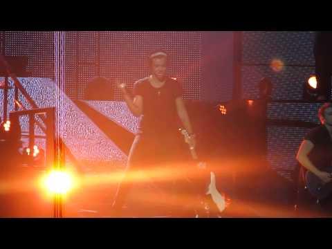 One Direction - Teenage Dirtbag (Houston) 7/21/13