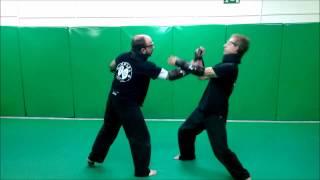 Manejo de puñal + estrés con Shocknife (Yawara-Jitsu)