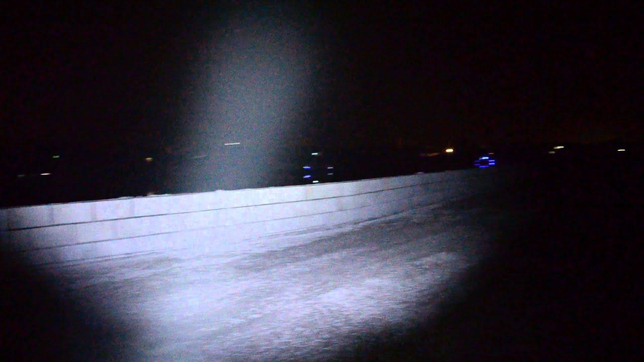 Linterna led muy potente hasta 500 metros de alcanze for Linterna de led potente