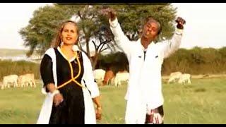 Dhaanto Cusub - Bashir Jaawi & Fartun Birimo