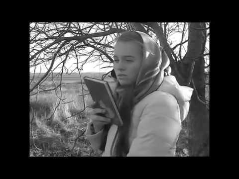 Изображение предпросмотра прочтения – ДарьяРыбак читает произведение «Наши Царства» М.И.Цветаевой