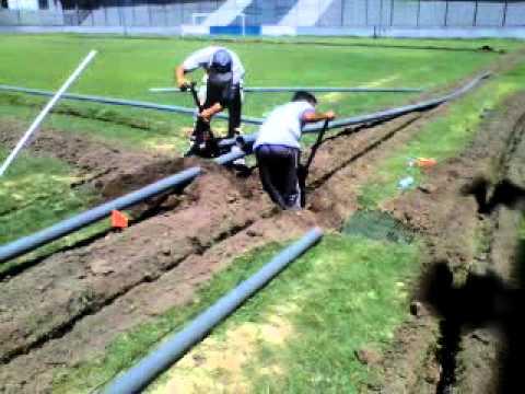Quilmes tiene un nuevo sistema de riego por aspersi n for Aspersores para riego de jardin