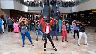 Thriller FlashMob | Michael Jackson Impersonator thumbnail