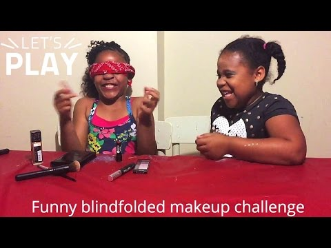 SISTER BLINDFOLD MAKEUP CHALLENGE.. IT WENT SO WRONG