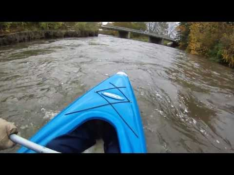 kayaking from Shorewood IL to Channahon IL on the dupage in high water