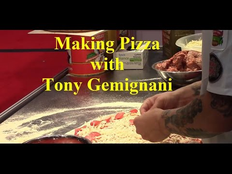 Tony Gemignani Pizza Making  Skills At Pizza Expo