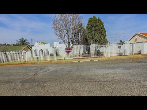 6 Bedroom House to rent in Gauteng   Johannesburg   Johannesburg South   Glenanda   8 M  