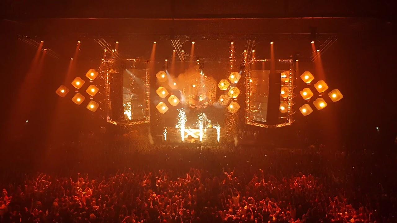 Live.Q-Dance.Com