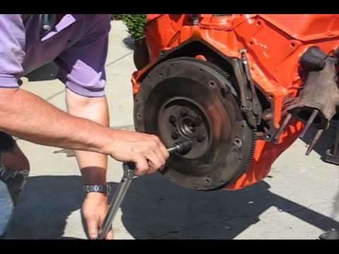 How to Install a Flywheel Clutch Pressure Plate and Bell Housing on a 350 V8 70 Chevelle