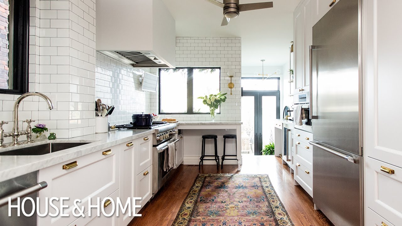 Room Tour: Beautiful Kitchen Makeover With Timeless ... on Rustic:rkh3E0Gkuju= Farmhouse Kitchen Ideas  id=97897