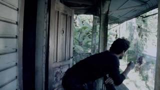 Смотреть клип Draco Rosa - Amores De Mi Calle