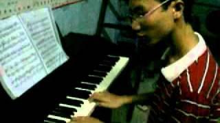Triệu Phú (Millionaire) - Linh Phi Cover Piano