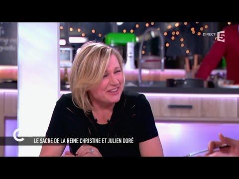 """Fou Rire D'Anne-Elisabeth Lemoine Face Au """"bel Organe"""" De Julien Doré - C à Vous - 16/02/2015"""