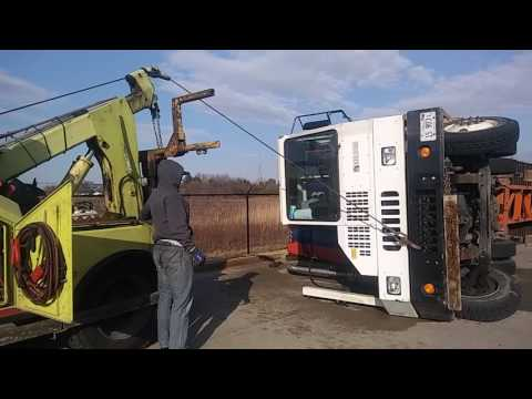 Heavy Duty Towing & Recovery Inc.- Part 15 / Winching Marcus gets spooked! LOL