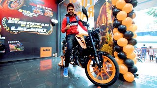 HE BOUGHT THE FIRST KTM DUKE 125 IN INDIA | WALK-AROUND | EXHAUST NOTE | DUKE 125 LAUNCH