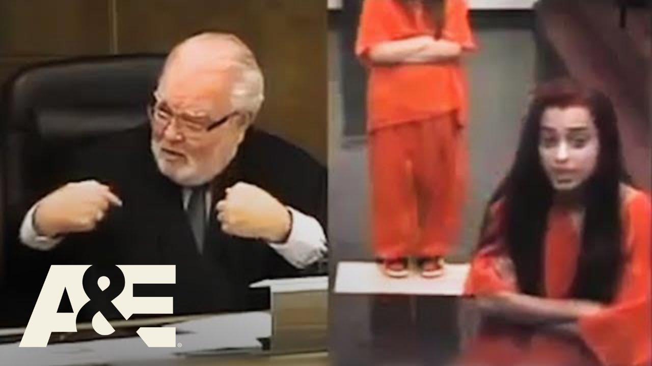 Download Court Cam: Woman Curses at a Judge (Season 1) | A&E