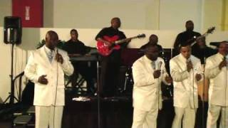 -Silent Night- The Temptations version - Performance by The Voices.flv,