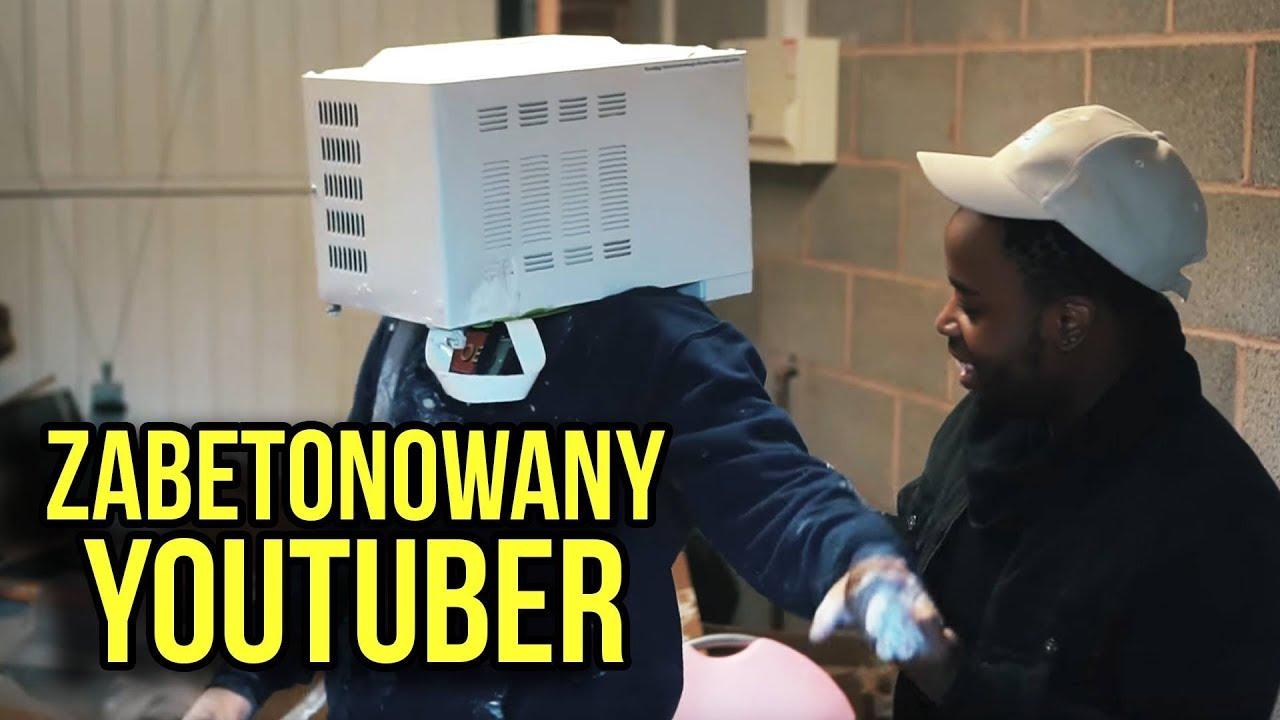 YouTuber włożył głowę do mikrofali i zalał cementem — PRAWIE ZGINĄŁ — dla Lajków Pieniędzy Sławy