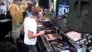 Richie Hawtin plays at Beatport Pool Party Miami 2008 thumbnail