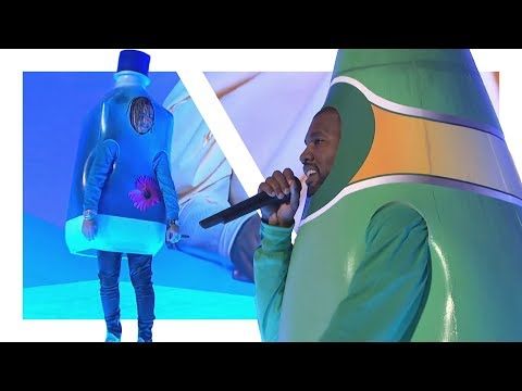 Kanye West And Lil Pump's Amazing Live Performance On SNL (Reupload)
