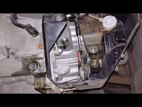 Замена сальника правого привода МКПП Форд Фокус 3