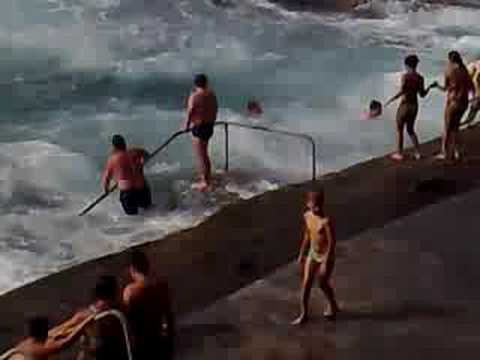 El hierro piscinas naturales en maceta youtube for Piscinas naturales el hierro