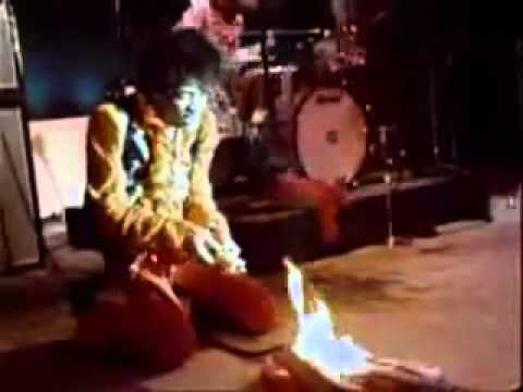 Jimi Hendrix Sets Guitar On Fire at Monterey Pop Festival 1967 - YouTube.flv