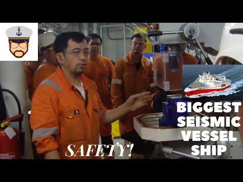 BIGGEST SEISMIC SHIP//SAFETY SA BARKO//SEAMAN