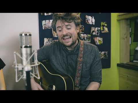 Ryan O'Reilly Feat. Hayley Reardon - Nothern Lights (live) -captured On Projekt Stereo Bar-