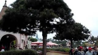 Диснейленд, Париж (Disneyland, Paris) - Fantasyland(, 2009-11-29T19:50:30.000Z)