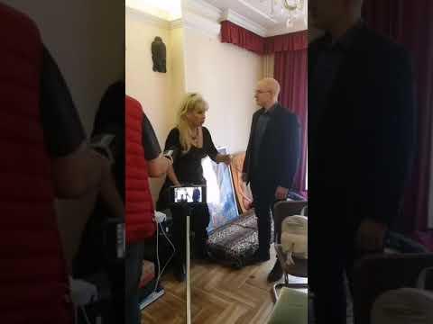 2018. 11. 06. Bíró Ica kilakoltatása előtti civil és politikai megmozdulás - András Laczi videó videó letöltés