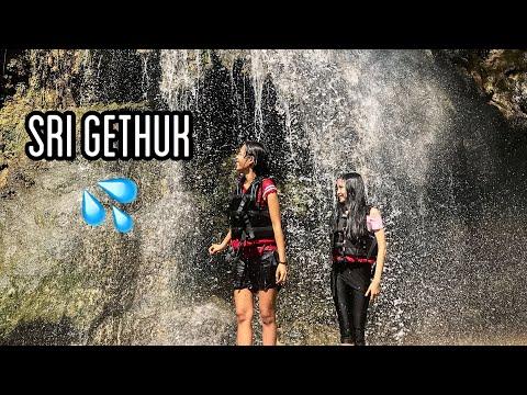 air-terjun-paling-keren-di-jogja-|-air-terjun-sri-gethuk---tempat-wisata-di-yogyakarta