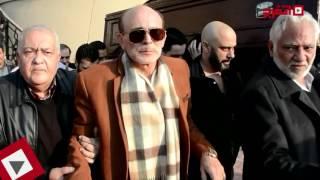 اتفرج| انهيار محمد صبحي في جنازة زوجته