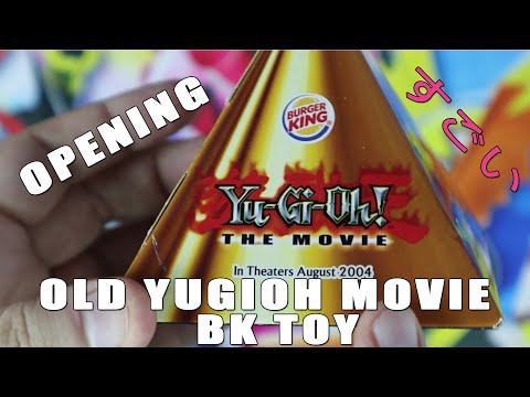 rare-old-yu-gi-oh!-the-movie-(2004)-burger-king-toy!-what's-inside?!