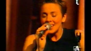 02 Melanie C - Northern Star  Live At MTV Super Kitchen Italy