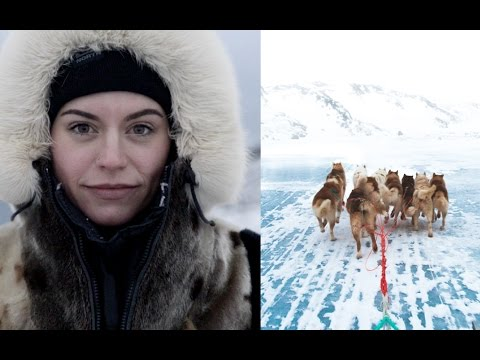 FINDING SANTA'S POSTBOX AND DOG SLEDDING IN GREENLAND! (Ilulissat) | Sorelle Amore