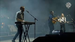 Repeat youtube video Mumford & Sons - Little Lion Man - Lollapalooza Chile 2016