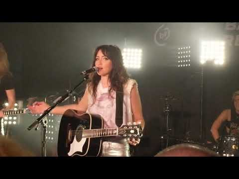 KT Tunstall intro to Little Red Thread