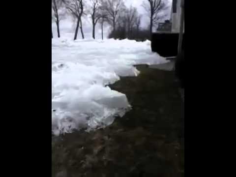 Amazing frozen sea